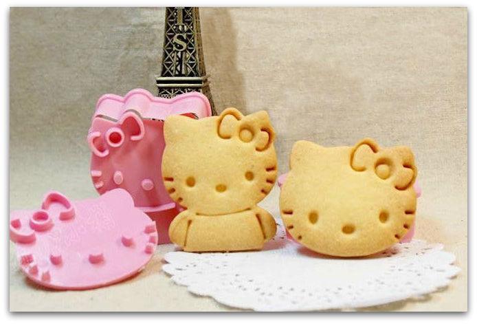 Печенье рисунок от формочки hello kitty